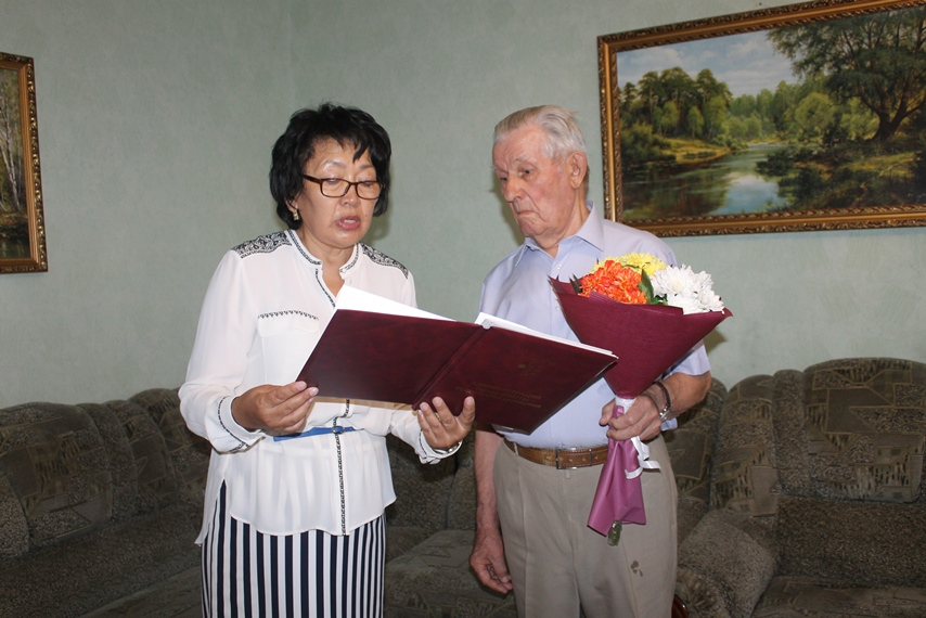 Николай Иванович Кичапов отмечает 95-летие!