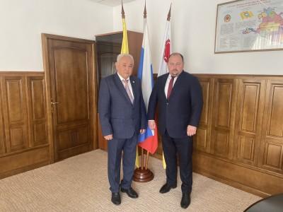 Встреча Дмитрия Трапезникова с руководителем Центра общественного контроля в сфере ЖКХ