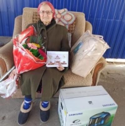 Сегодня, 12 ноября, исполнилось 90 лет труженику тыла, ветерану труда РФ Слизской Пелагее Максимовне