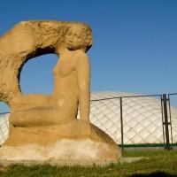 Скульптура «Утро Калмыкии»
