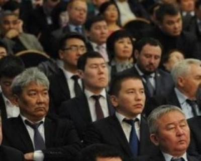 Глава Администрации города Элисты Окон Нохашкиев определил первоочередные направления в работе столичного муниципалитета в 2017 году