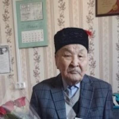 4 марта свой 90-летний юбилей отметил труженик тыла Санджиев Иван Кандукаевич