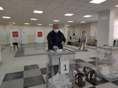 Глава Администрации города Элисты Дмитрий Трапезников принял участие в голосовании