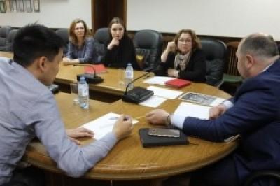 Прием граждан главой администрации Элисты