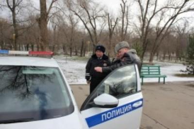 В Элисте состоялся гарнизонный развод полицейских нарядов