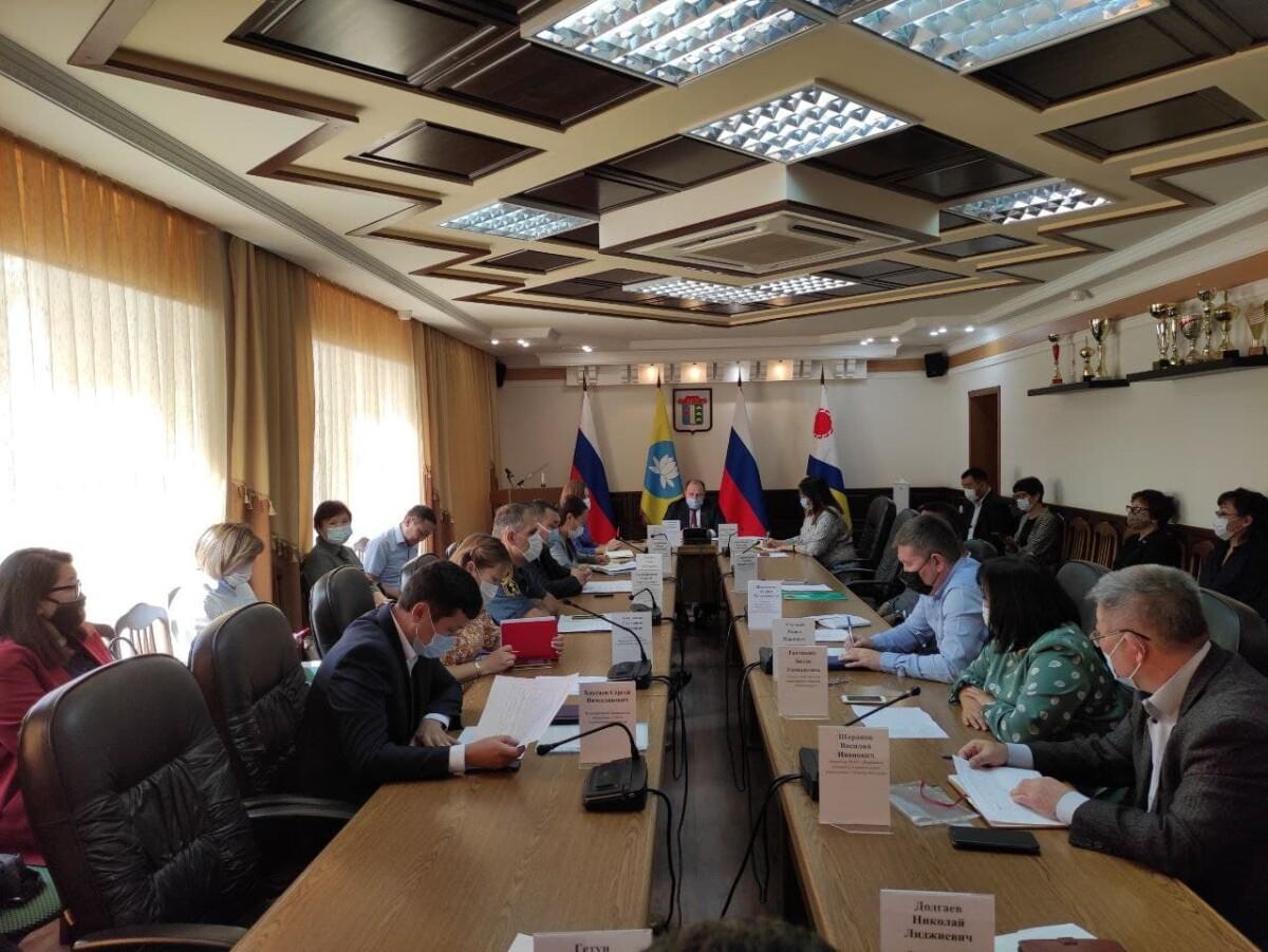 Еженедельное аппаратное совещание по итогам работы муниципалитета и подведомственных учреждений за прошедшие семь дней